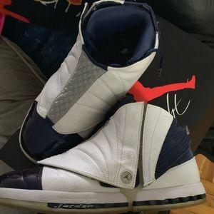 Air Jordan 16's